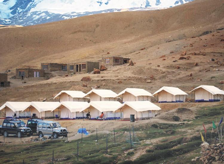 Camping in Tso Moriri, Ladakh