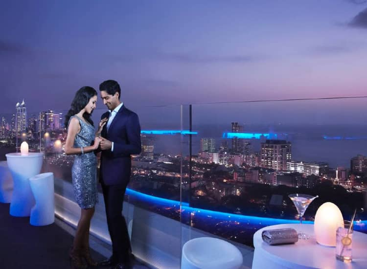 Places to go on Valentine's Day in Mumbai