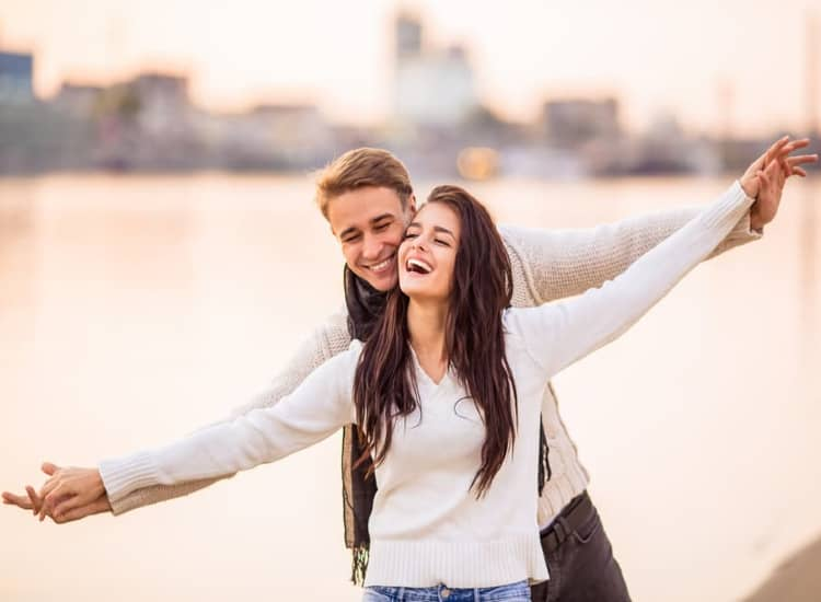Couple enjoy in pune during valentine's day