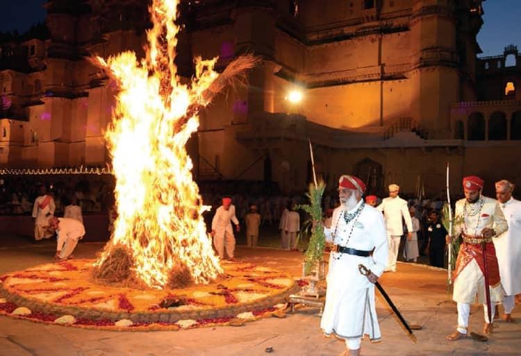 Celebrate royal holi in Udaipur 2021