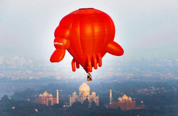 Hot air balloon ride in agra