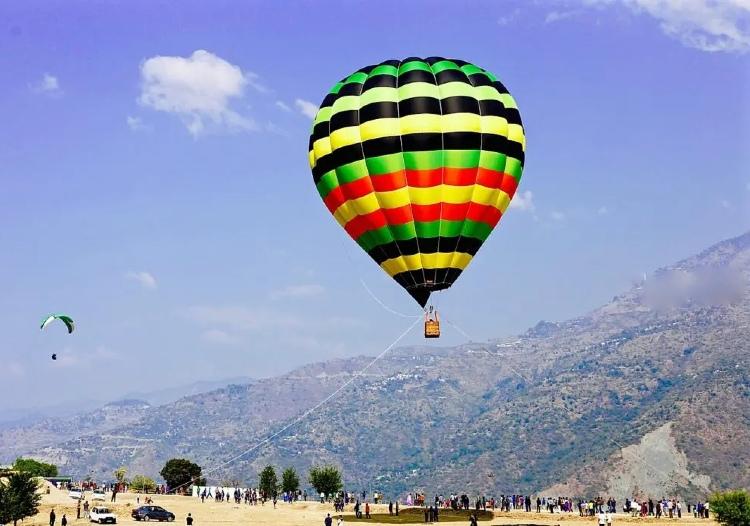 Hot air balloon in Rishikesh