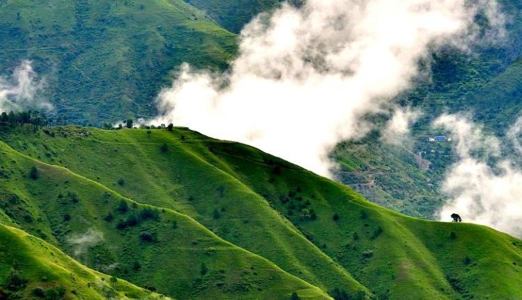 Chail hill station near chandigarh